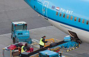 Logística, aeroportos, armazenagem e transporte